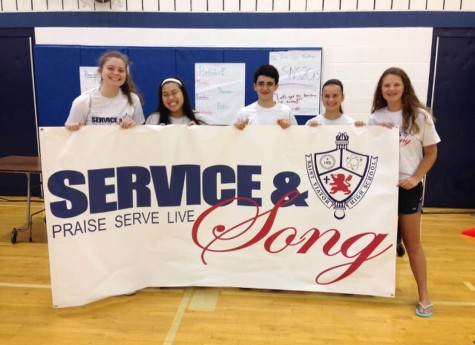 Students praise, serve, live in summer program