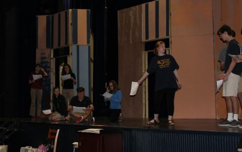 Fall play presents comedic crash course in Shakespeare