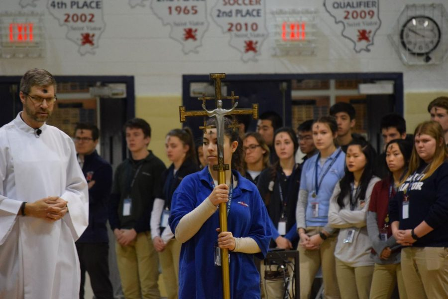 Students+celebrate+Lent+mass+in+school.
