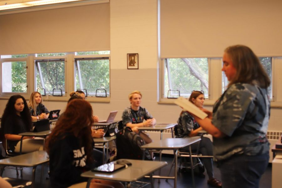 Mrs.+Perez+leads+theology+class